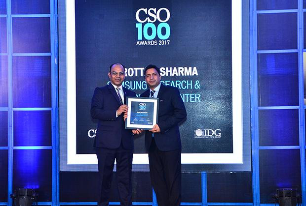 Narottam Sharma, Head-IT and IS, Samsung receives the CSO100 Award for 2017.
