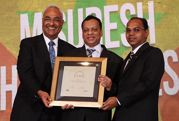 Super League: M Suresh, Director at Hyundai Motor India receives the CIO100 Special Award for 2012
