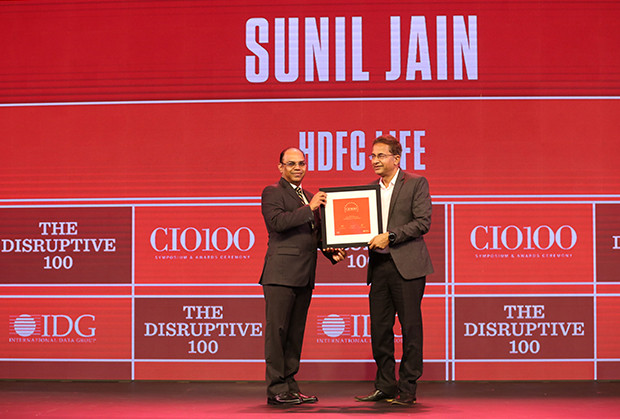 The Disruptive 100: Sunil Jain, Senior VP - Business Systems and Technology, HDFC Life Insurance receives the CIO100 Award for 2019