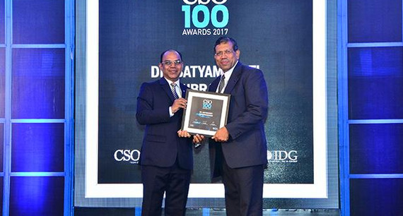 Satyamoorthi Sivasubramanian, Global Chief of Security, Bharti Airtel receives the CSO100 Award for 2017.