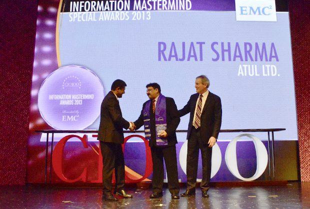 Information Mastermind: Rajat Sharma, President-IT of Atul receives the CIO100 Special Award for 2013 from David Webster, President-APJ, EMC India and Rajesh Janey, President-India and SAARC, EMC