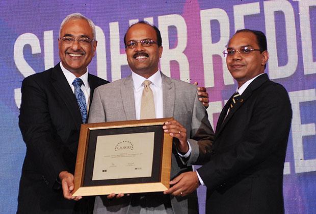 Super League: Sudhir Kumar Reddy, VP & CIO, Mindtree receives the CIO100 Special Award for 2012