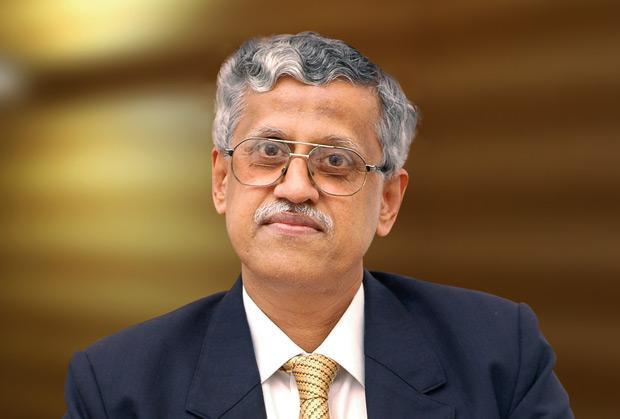 The Ingenious 100: S K Joshi, Director-Finance, Bharat Petroleum (BPCL) receives the CIO100 Award for 2009