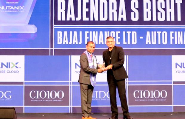 HCI Trailblazer: Rajendra S Bisht, VP-Technology & Digital, Bajaj Finance receives the CIO100 Special Award for 2019 from Anantharaman Balakrishnan, President & CEO, Nutanix India