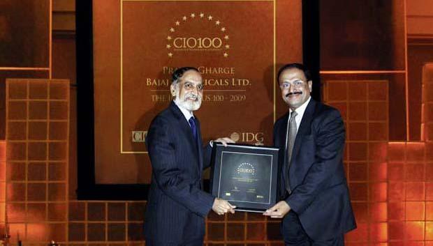 The Ingenious 100: Pratap S Gharge, President and CIO of Bajaj Electricals receives the CIO100 Award for 2009.