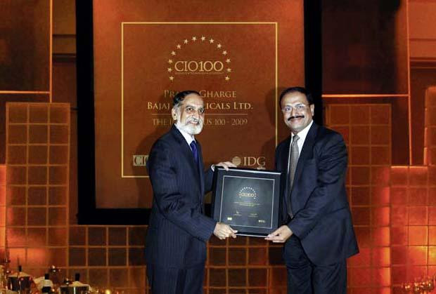 The Ingenious 100: Pratap S Gharge, President and CIO of Bajaj Electricals receives the CIO100 Award for 2009.