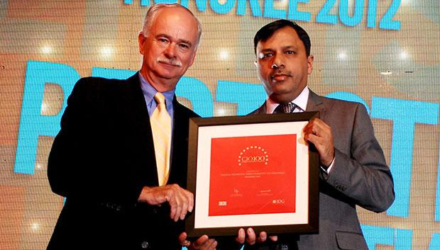 The Resilient 100: Pertisth Mankotia, Head - IT of Sheela Foam (Sleepwell) receives the CIO100 Award for 2012