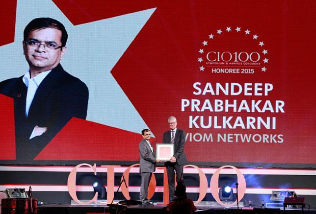 The Versatile 100: Sandeep Kulkarni, VP & CIO, Viom Networks receives the CIO100 Award for 2015.