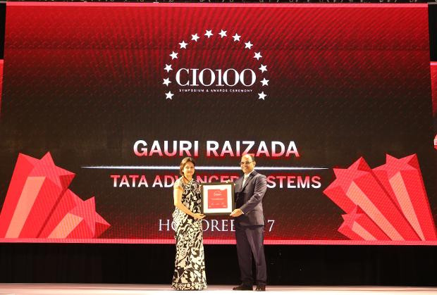 The Digital Innovators: Gauri Raizada, Head – Information Technology, Tata Advanced Systems receives the CIO100 Award for 2017