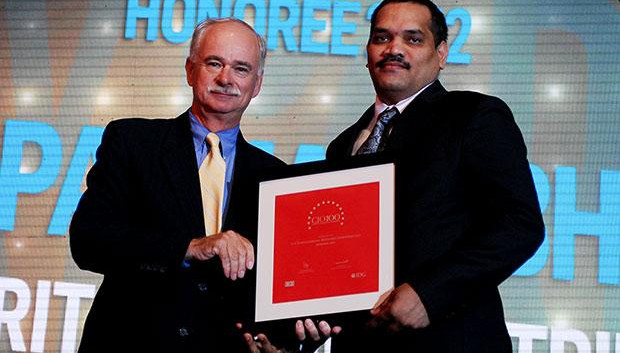 The Resilient 100: V V Padmanabham, Head Corporate- IT of Britannia Industries receives the CIO100 Award for 2012