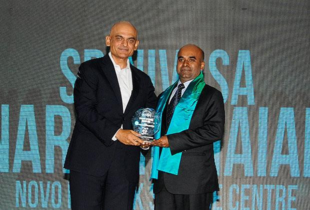 Efficient Enterprise: Srinivas N, Vice President- IT of Novo Nordisk India receives the CIO100 Special Award for 2012 , constituted in association with Dell India
