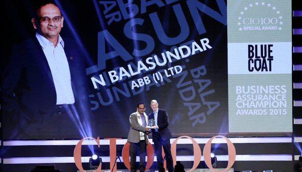 Business Assurance Champion: Balasundar Natarajan, CIO of ABB India receives the CIO100 Special Award for 2015 from Andrew Littleproud, VP-APAC, Blue Coat