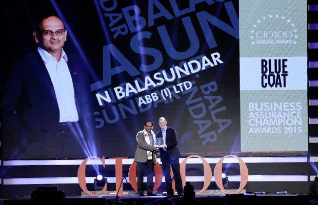 Business Assurance Champion: Balasundar Natarajan, CIO of ABB India receives the CIO100 Special Award for 2015 from Andrew Littleproud, VP-APAC, Blue Coat