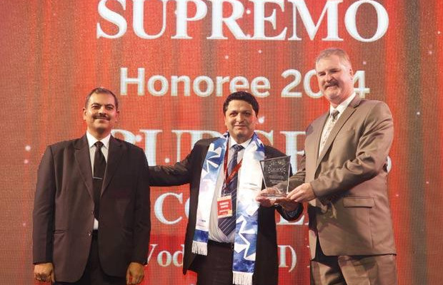 Security Supremo: Burgess Cooper, SVP & CISO of Vodafone India receives the CIO100 Special Award for 2014 from John McCormack, CEO, Websense