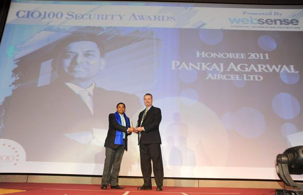 Security: Pankaj Agrawal, Head-Governance and CISO of Aircel receives the CIO100 Special Award for 2011 from John McCormack, President, Websense