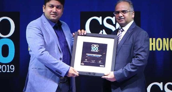 Subhash Kumar Mishra, Head - IT Infra (Enterprise Backbone, Cloud, Security, IT Operations) of Tata SIA Airlines (Air Vistara) receives the CSO100 Award 2019