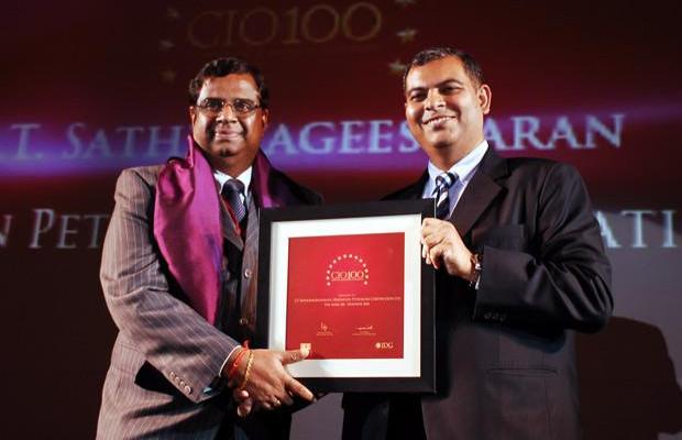 The Agile 100: S T Sathiavageeswaran, Executive director - IS of Hindustan Petroleum receives the CIO100 Award for 2010