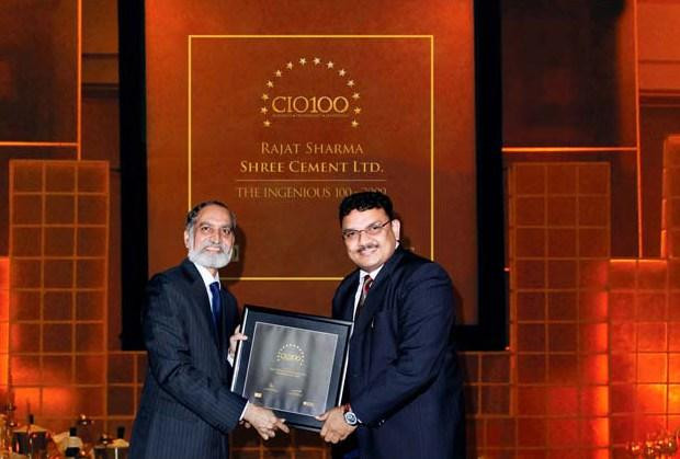 The Ingenious 100: Rajat Sharma, Senior GM-IT of Shree Cement receives the CIO100 Award for 2009