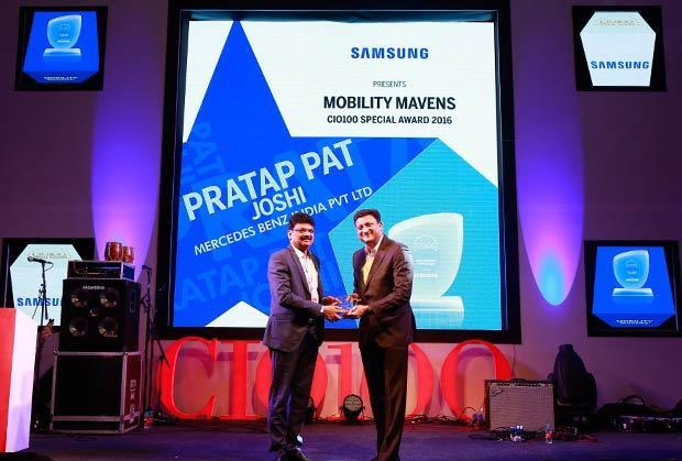 Mobility Maven: Pratap Pat Joshi, CIO and IT-Head at Mercedes Benz India receives the CIO100 Special Award for 2016 from Sukesh Jain, VP, Samsung