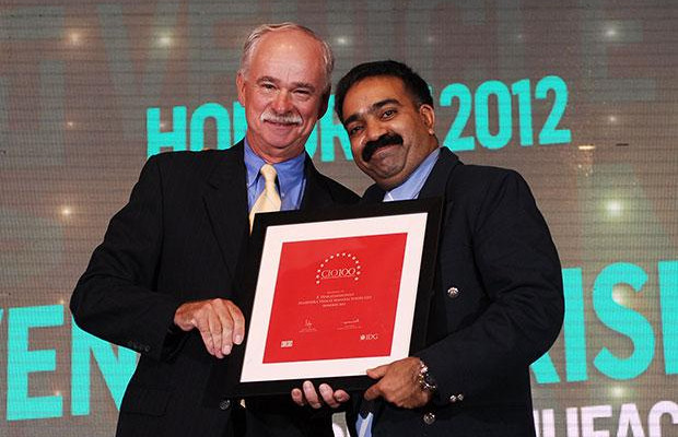 The Resilient 100: Venkatakrishnan B B, Head - IT of Mahindra Vehicle Manufacturers receives the CIO100 Award for 2012