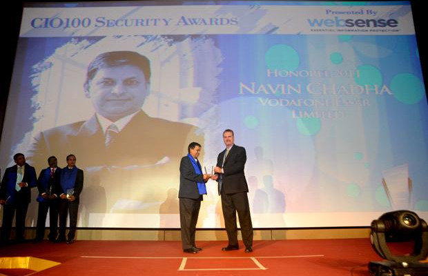 Security: Navin Chadha, Director IT of Vodafone India receives the CIO100 Special Award for 2011 from John McCormack, President, Websense