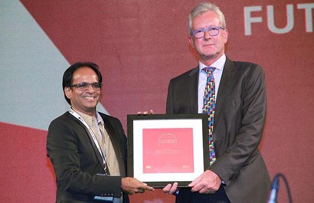 The Versatile 100: Rajesh Saboo, Head IT, Future Group receives the CIO100 Award for 2015
