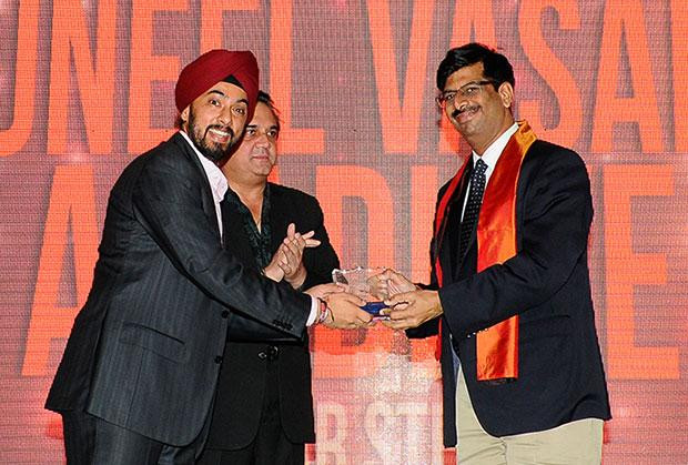Infrastructure: Suneel Vasant Aradhye, CTO of Essar Steel India receives the CIO100 Special Award for 2012 , constituted in association with Tulip Telecom