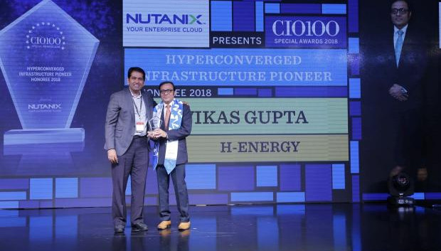 Hyperconverged Infrastructure Pioneer: Vikas Gupta, Head IT & CIO, H-Energy, receives the CIO100 special award for 2018 from Sunil Mahale, VP & MD Nutanix India