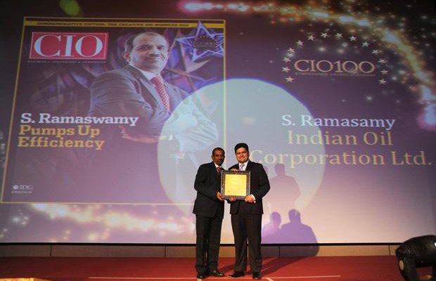 The Creative 100: S Ramasamy, Executive Director-IS at Indian Oil Corporation (IOCL) receives the CIO100 Award for 2011