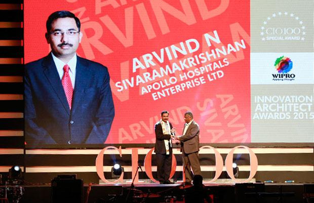 Innovation Architect: Arvind Sivaramakrishnan, Group CIO of Apollo Hospitals receives the CIO100 Special Award for 2015 from Achuthan Nair, Senior VP and COO, Wipro Infotech