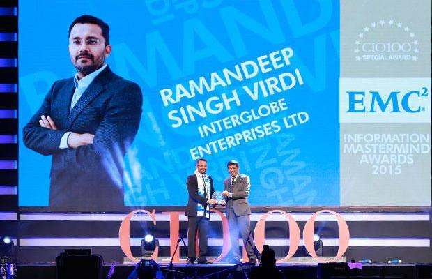 Information Mastermind: Ramandeep Singh Virdi, VP IT, Interglobe Enterprises receives the CIO100 Special Award for 2015 from Rajesh Janey, President-India and SAARC, EMC