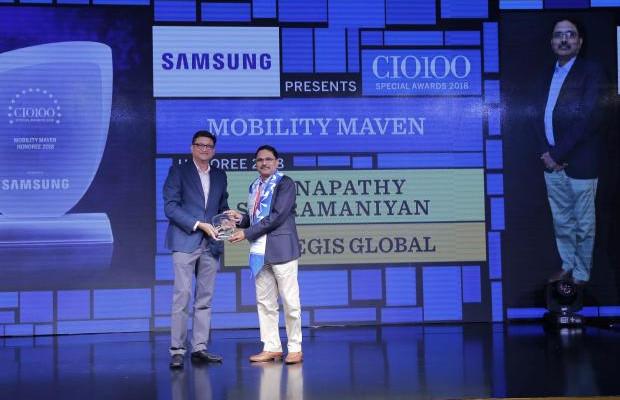Mobility Maven: Ganapathy Subramaniyan, SVP & CIO, Aegis Global, receives the CIO100 special award for 2018 from Sukesh Jain, Senior Vice President, Samsung Electronics