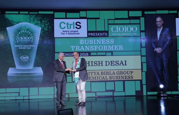 Business Transformer: Ashish Desai, VP IT & CIO-Chemical Sector, Aditya Birla Group - Chemical Business, receives the CIO100 special award for 2018 from R S Prasad Rao, Director CtrlS