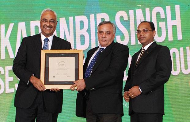 Super League: Karanbir Singh, Vice President, Reliance Infrastructure receives the CIO100 Special Award for 2012