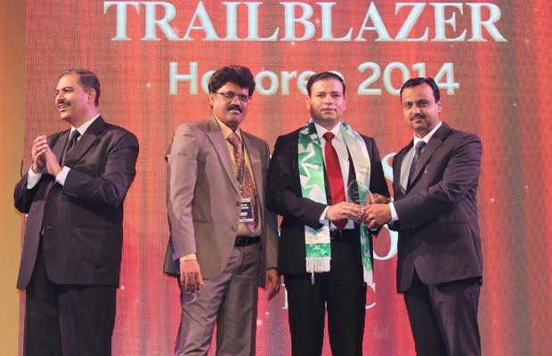 Dynamic Infrastructure Trailblazer: Yogesh Kapoor, Head IT of HSBC Technology and Services receives the CIO100 Special Award for 2014 , constituted in association with Schneider Electric