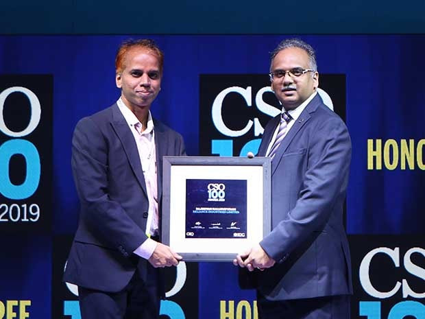 Rajeevan Kallumpuram, Assistant Vice President, Cyber Security at Reliance Industries Group receives the CSO100 Award for 2019
