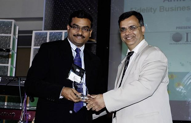 Green Edge: Amit Gupta, VP-IT at Fidelity Business Services India receives the CIO100 Special Award for 2009 from Sudhir Sethi, Chairman & MD, IDG Ventures India