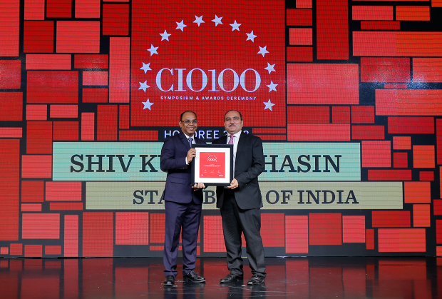 The Digital Architect: Shiv Kumar Bhasin, CTO, State Bank of India, receives the CIO100 award for 2018