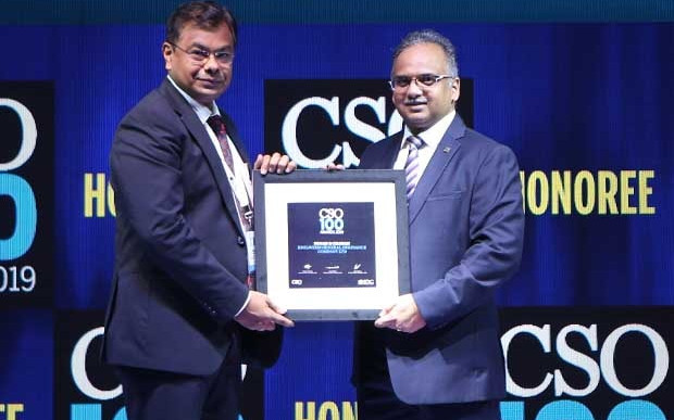 Ninad Chavan, CISO at Edelweiss General Insurance Company, receives the CSO100 Award for 2019