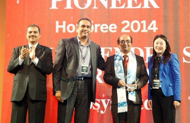 Networking Pioneer: Vijayeendra Purohit, AVP Corporate Networking of Infosys receives the CIO100 Special Award for 2014, constituted in association with Juniper Networks