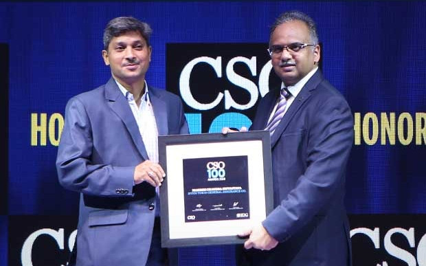 Mahesh Chandra Srivastava, General manager (IT) of IFFCO TOKIO General Insurance receives the CSO100 Award for 2019