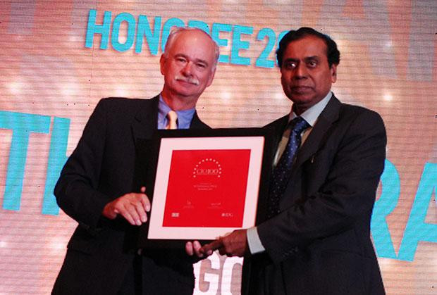 The Resilient 100: M Thyagaraj, Advisor IT of Oil & Natural Gas Corporation receives the CIO100 Award for 2012