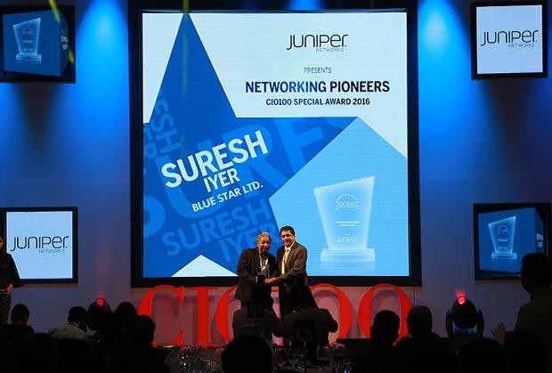 Networking Pioneer: Suresh Iyer, CIO of Blue Star receives the CIO100 Special Award for 2016 from Sajan Paul, CTO, Juniper Networks-India and SAARC