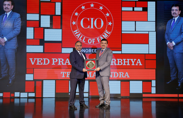 Hall of Fame: Ved Prakash Nirbhya, CIO, Tech Mahindra, receives the special award for 2018
