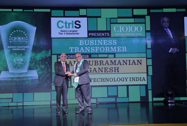 Business Transformer: Balasubramanian Ganesh, Global RBWM CIO & Global Head of Application Development & Maintenance, HSBC Technology India, receives the CIO100 special award for 2018 from R S Prasad Rao, Director- CtrlS