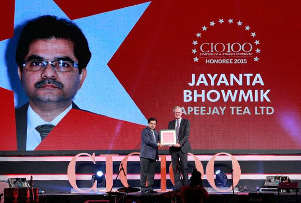 The Versatile 100: Jayanta Bhowmik, Group CTO, Apeejay Surrendra Group receives the CIO100 Award for 2015