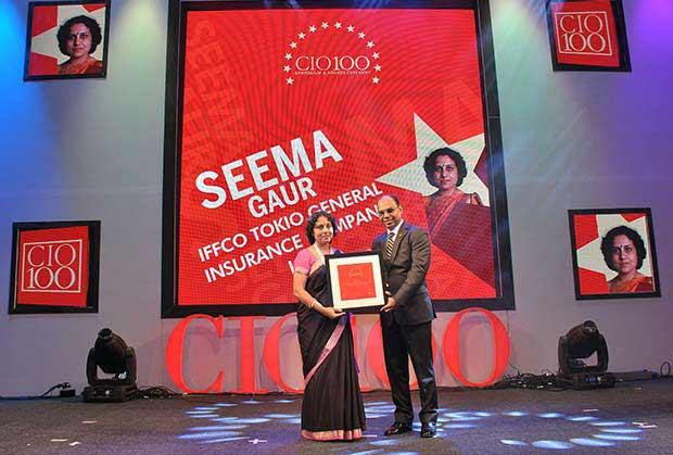 The Transformative 100: Seema Gaur, Executive VP and Head-IT of Iffco Tokio General Insurance Company receives the CIO100 Award for 2016