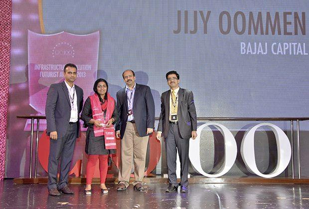 Infrastructure Evolution Futurist: Jijy Oommen, CIO of Bajaj Capital receives the CIO100 Special Award for 2013 from Sharad Sanghi, MD and CEO, Netmagic and Sunil Gupta, COO, Netmagic