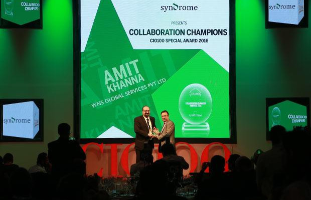Collaboration Champion: Amit Khanna, Business Technology Head at WNS Global Services receives the CIO100 Special Award for 2016 from Yogesh Purohit, Director-Sales, Syndrome