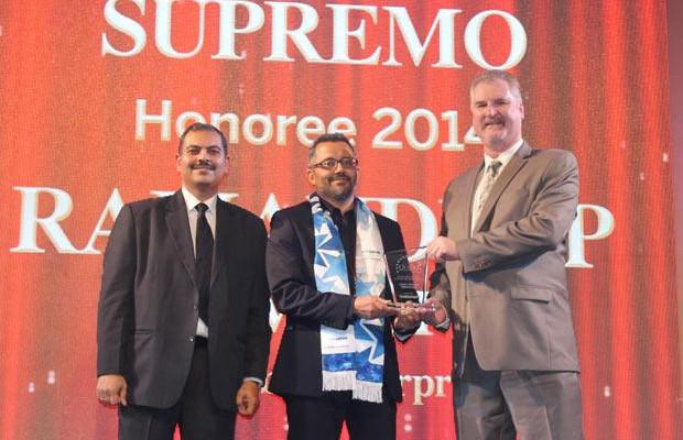 Security Supremo: Ramandeep Singh Virdi, VP IT, Interglobe Enterprises receives the CIO100 Special Award for 2014 from John McCormack, CEO, Websense
